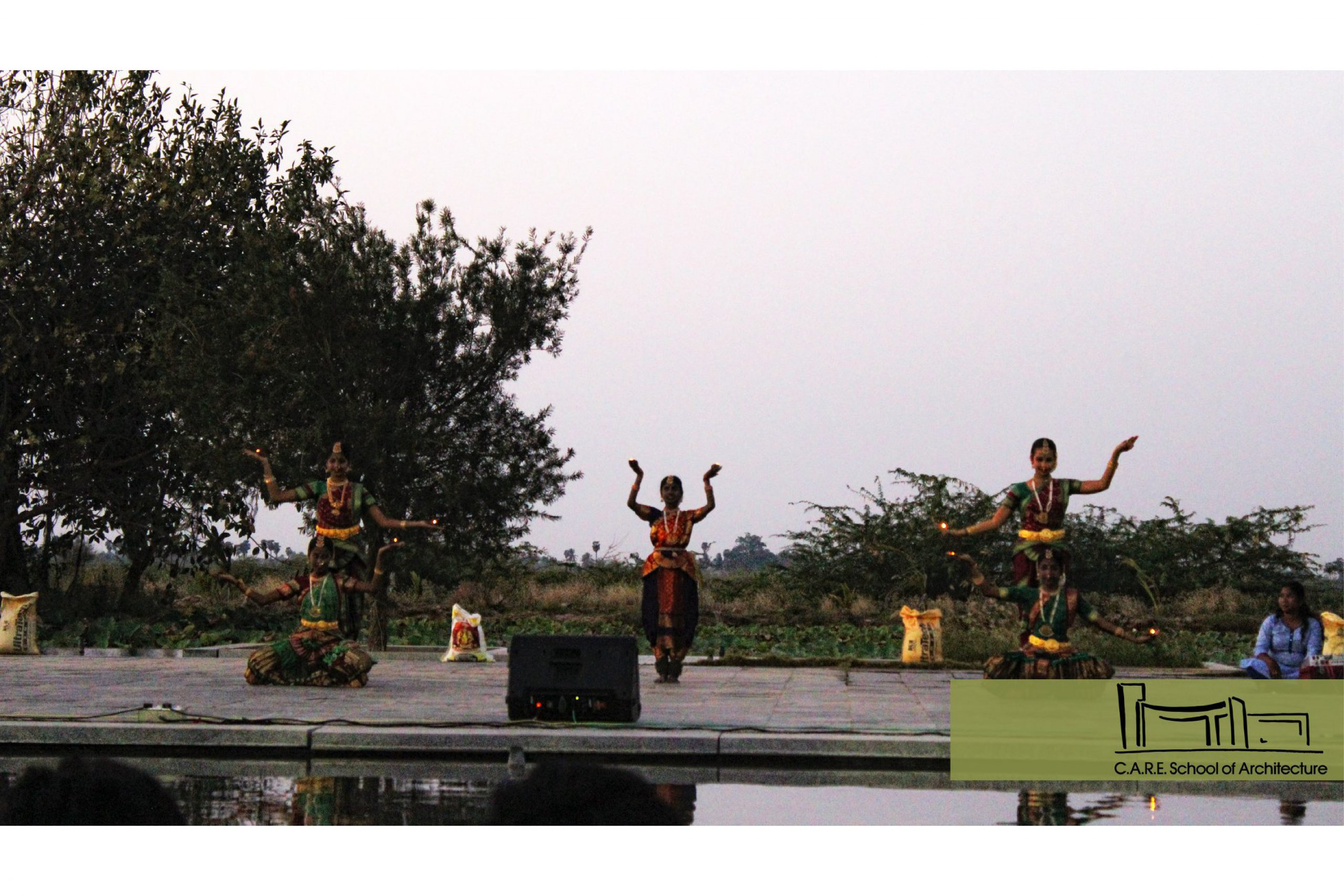 OPEN AIR THEATER3